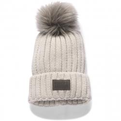 Dámska zimná čiapka UNDER ARMOUR-Snowcrest Pom Beanie-MIS - 1299905-794