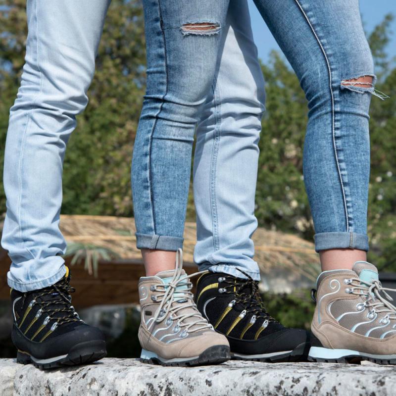 Pánska turistická obuv vysoká TREZETA-MAORI WP BLACK -