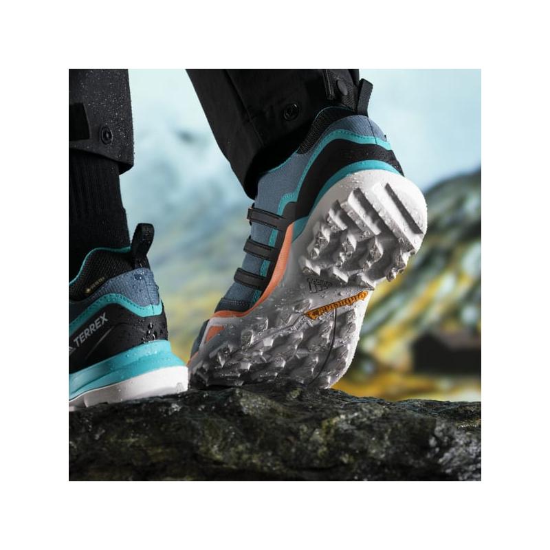 Pánská turistická obuv nízká ADIDAS-Terrex Swift R2 GTX leg blue / core black / signal orange -
