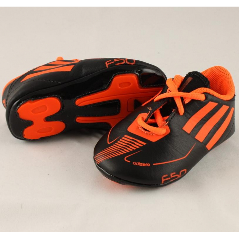d6a800f0f34c4 Detské futbalové kopačky halové ADIDAS-F50 adizero Crib BLACK1 WARNI -