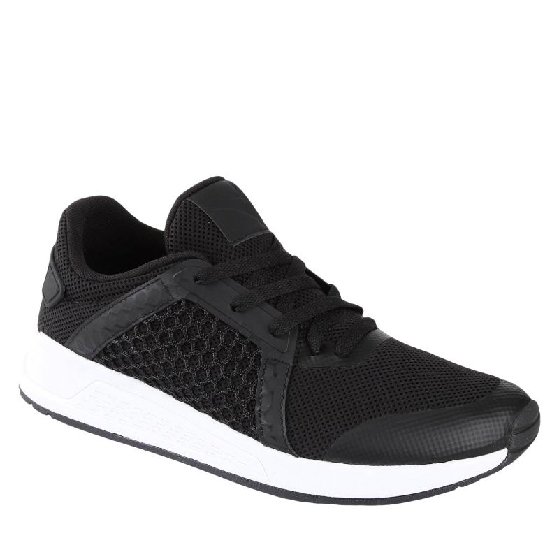 Pánska tréningová obuv ANTA M-Amant black - Pánska obuv značky Anta v čiernom prevedení s výraznou bielou podrážkou.
