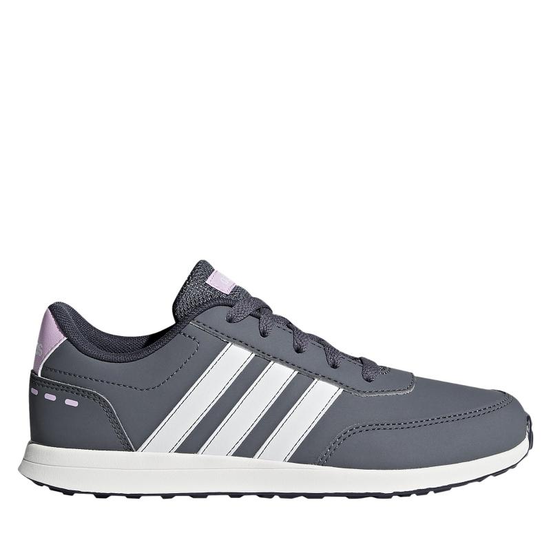 Juniorská rekreačná obuv ADIDAS CORE-VS SWITCH 2 K ONIX/FTWWHT/CLELIL - Rekreačná obuv značky adidas určená pre juniorskú vekovú kategóriu.