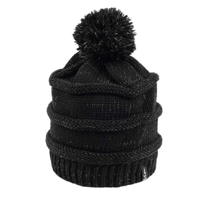 d52ff9dd5 Dámska zimná čiapka FINMARK FC1818 BLACK | EXIsport Eshop