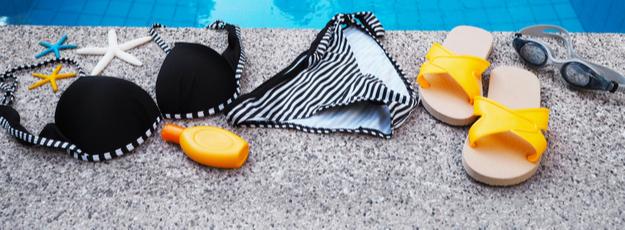 Dámske plavky a výbava na pláž